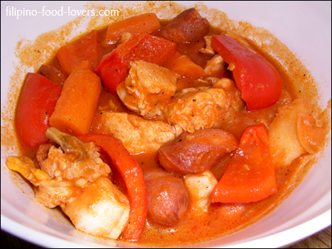Chicken Afritada in a Bowl